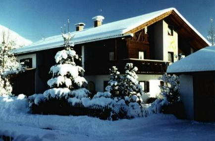 Haus Neuner Winter